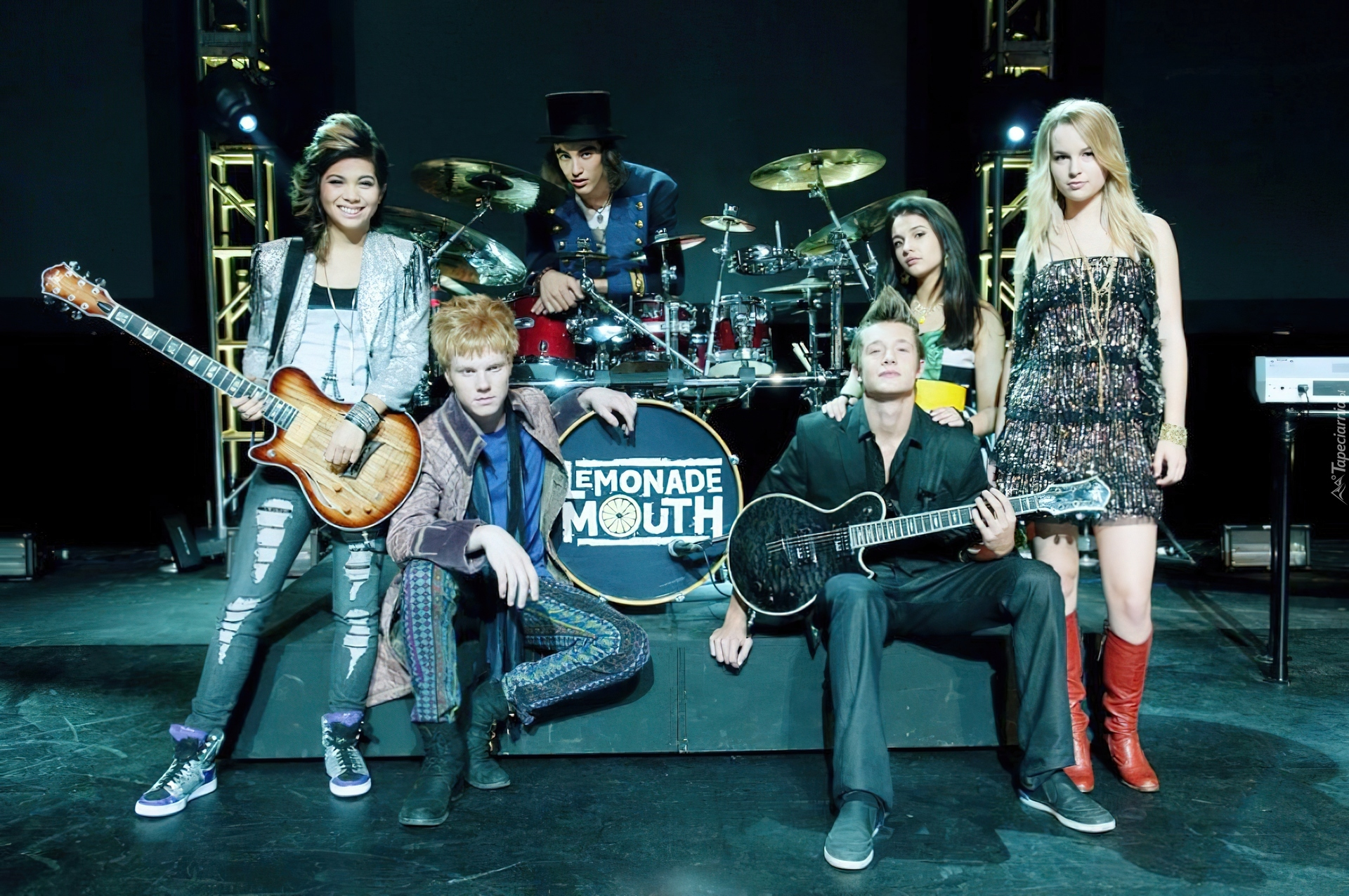 Adam Hicks, Bridgit Mendler, Hayley Kiyoko, Blake Michael ...