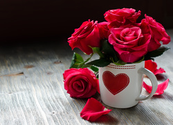 Walentynki, Bukiet, R�, Kubek, Serce, P�atki