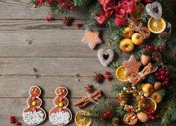 Kompozycja, Świąteczna, Boże Narodzenie, Gałązki, Świerka, Ciasteczka, Pierniczki, Jabłuszka, Laski, Cynamonu, Anyżek, Plasterki, Cytryny, Orzechy, Kokarda