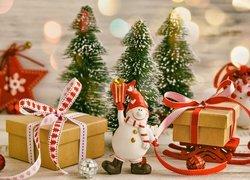 Świąteczna, Kompozycja, Bałwanek, Prezenty, Choinki, Boże Narodzenie